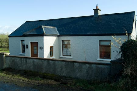 Swan Cottage - County Mayo - West of Ireland - Mayo