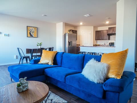 Charming Home Away From Home - Lackland AFB!