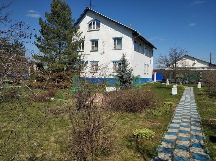 Дом и участок 50 мест с баней, бассейном, мангалом