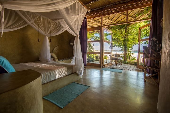 Casa Amarela. Luxury Queen Room I - Praia Tofo - เกสต์เฮาส์