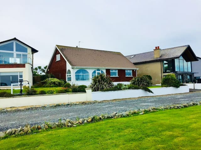 Seafront home 'The Waters Edge',  Ballyhalbert