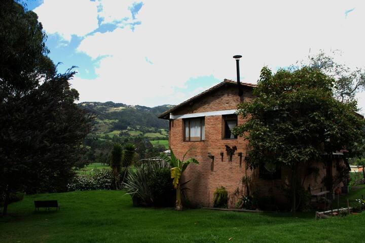 El Anhelo- Casa de campo