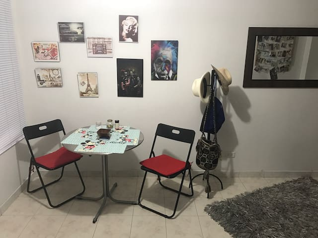 Habitación  Cómoda y acogedora!!! - Medellín - Apartment