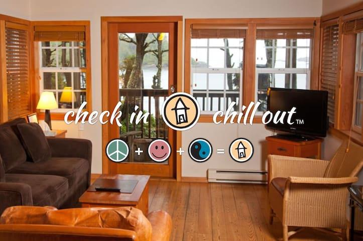 1 Bedroom Ocean Front - Ocean Pearl - The Cabins®