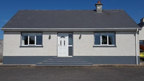 Cottage on The Wild Atlantic Way,Gweedore