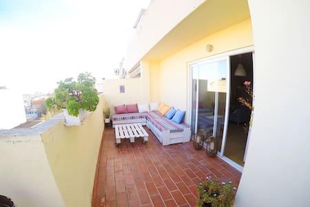 Attic in Palma center - Chillout terrace. - Palma - Apartamento