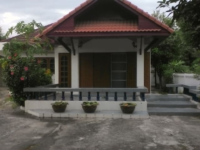 บ้านยิ่งสมสุข Sookying House - San Sai Noi - House