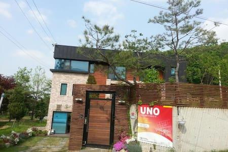 1층:들꽃실,  2층:꽃차실 - Yangji-myeon, Cheoin-gu, Yongin-si - Casa