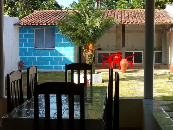 Casa p/ temporada em Prado na av principal