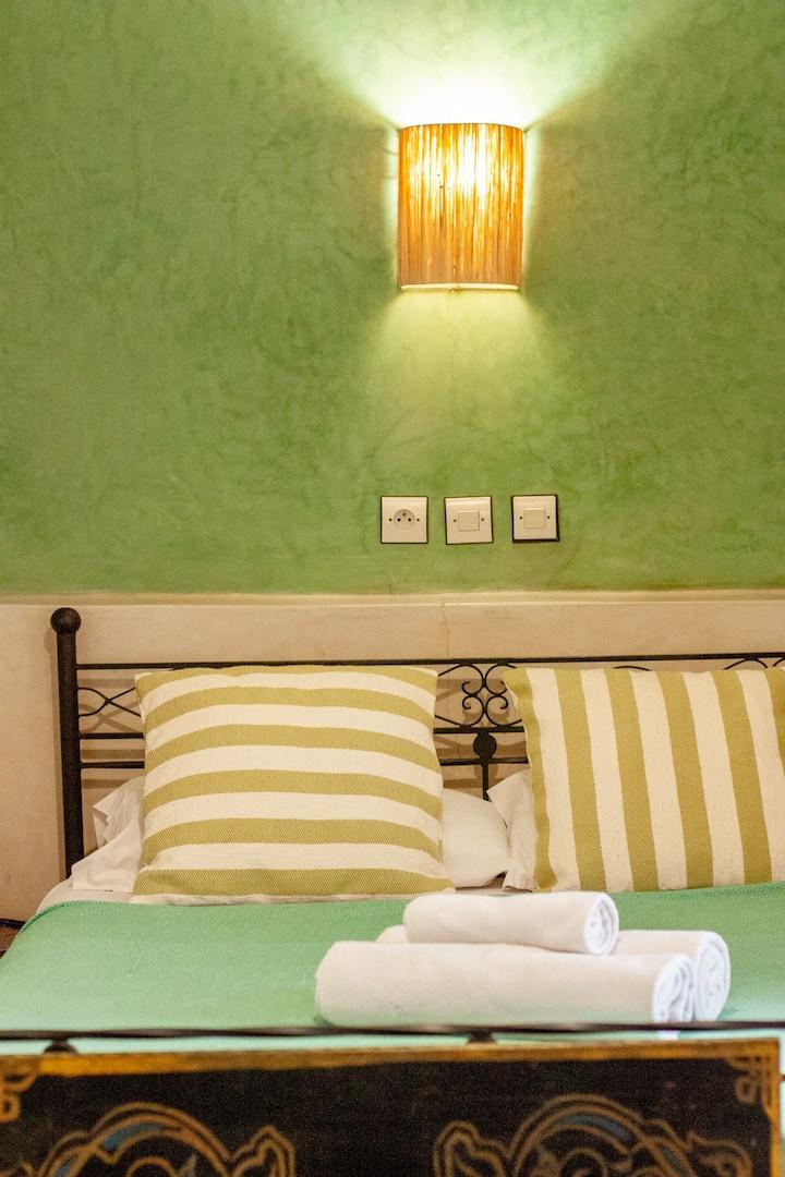 MonRiad Double room A/C Wifi Centre of the Medina