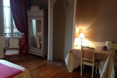 Chambres d'hôtes de charme au  cœur de mâcon - Mâcon
