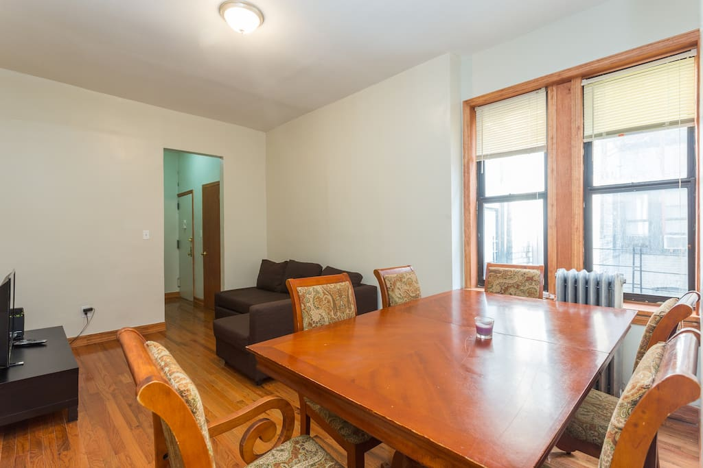 2 bedroom apt near subway prospect park museums apartments for rent in brooklyn new york for Two bedroom apartments in brooklyn ny