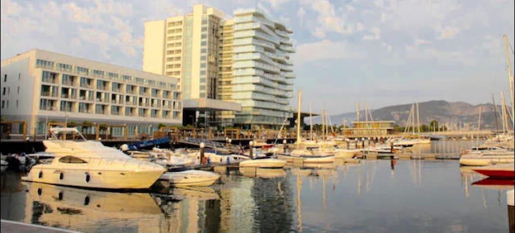 TRÓIA PT LUX OCEAN VIEW APTM Marina