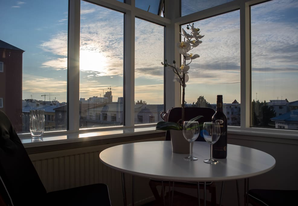 Guests can enjoy them self in the lovely Solarium and watch the sunset!