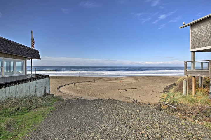2 for 1! Beach House & Guest House! Walk to beach!