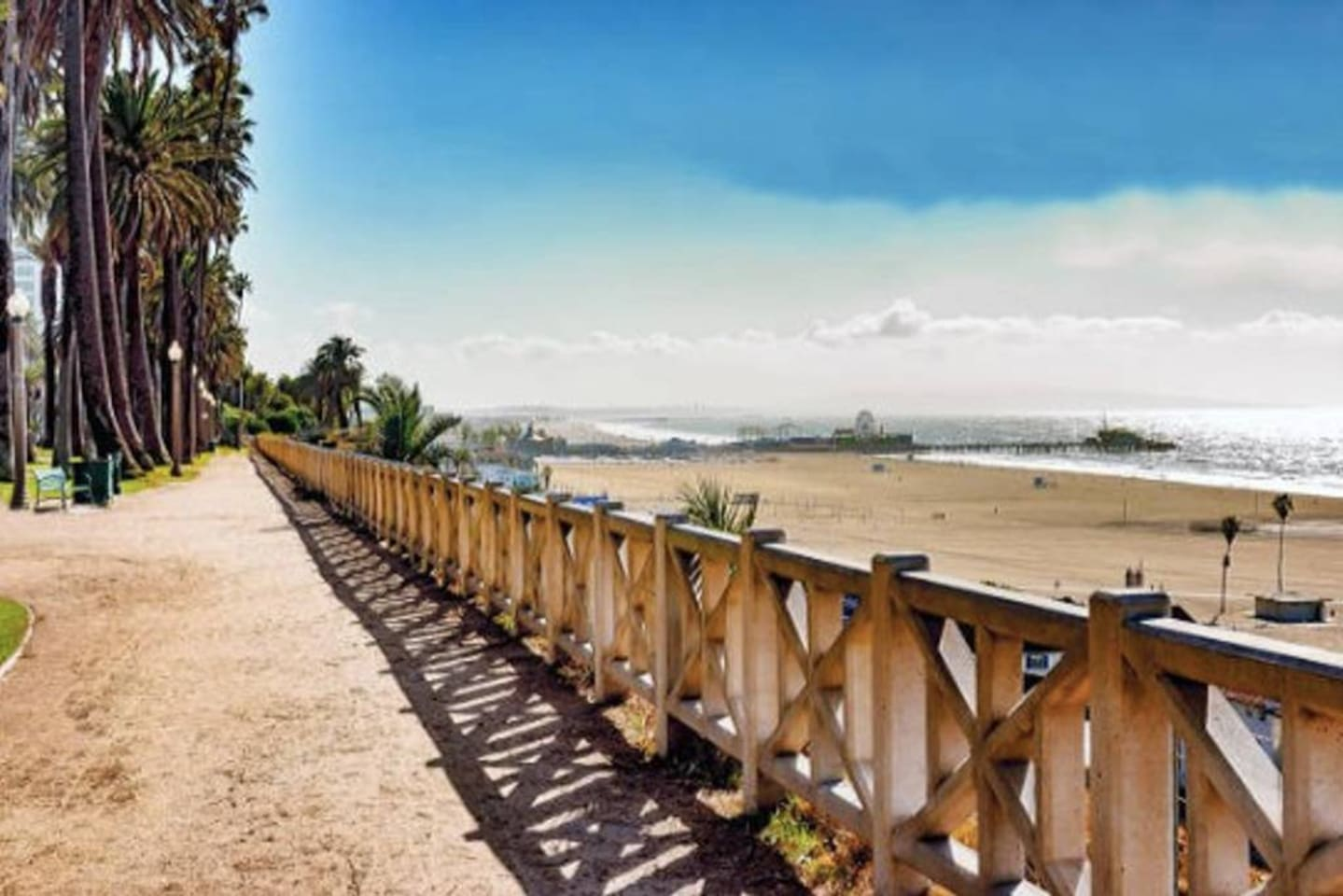 Welcome! Our 1 bedroom 1 bathroom home in gorgeous San Diego is the perfect vacation rental! 2 min. walk to the beach and close to many amazing restaurants and bars - this home is the BEST location.