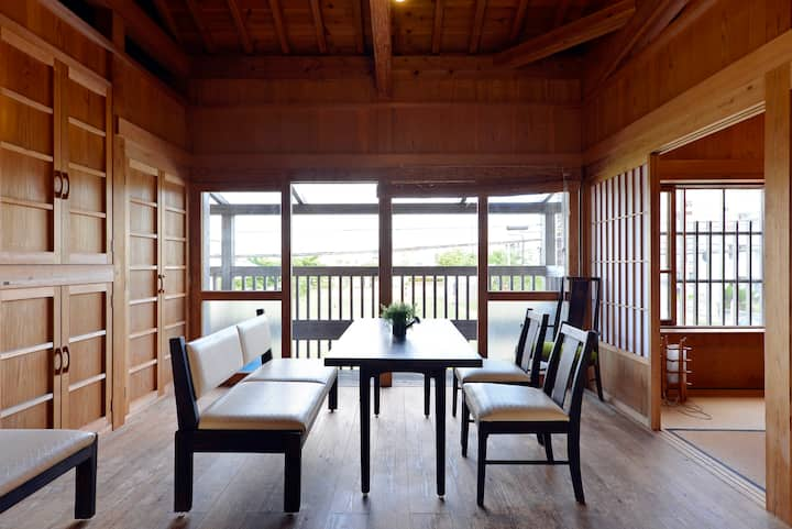 naturally built Japanease traditional house