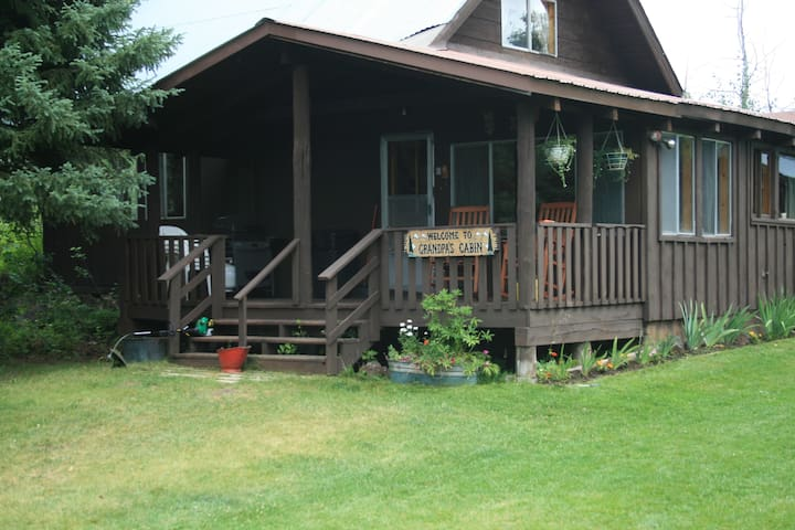 Yellowstone Cabin Vacation Rental