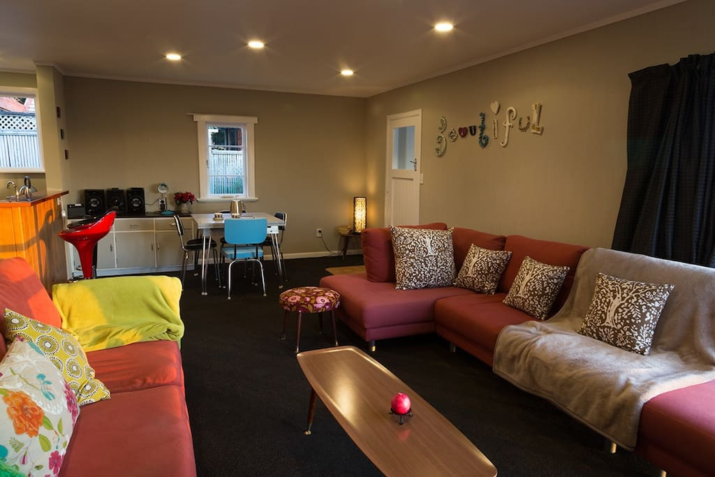 relax on comfortable couches, new carpets, spacious lounge/dining/deck