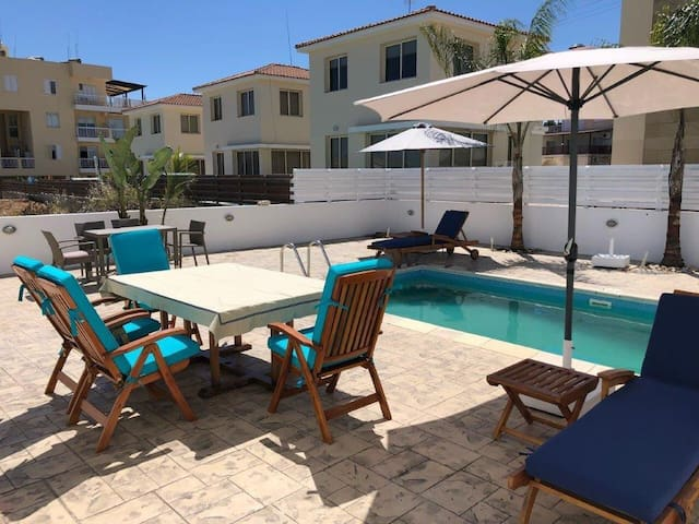 PROTARAS Beach Villa near the sea, w/swimming pool