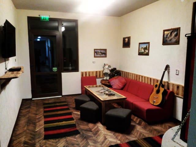 Quadruple Room Hunting Lodge and Bar Bear Nook