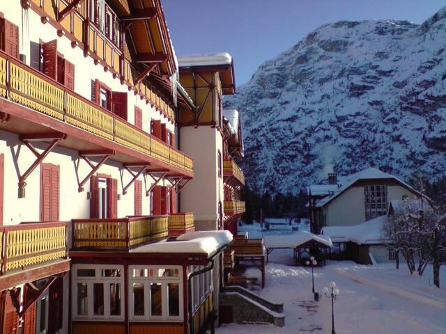 Natale nella pace delle Dolomiti - Dobbiaco - Timeshare (právo užívat zařízení pro ubytování na stanovený časový úsek během roku na mnoho let dopředu - minimálně 3 roky)