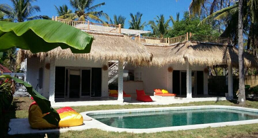 Private 2bdrm villa&swimming pool - Gili Trawangan - Villa