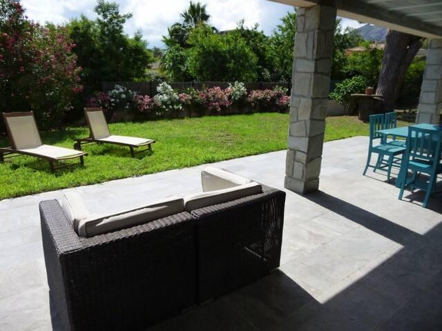Villa avec jardin 10 couchages Calvi 679 - カルビ - 別荘