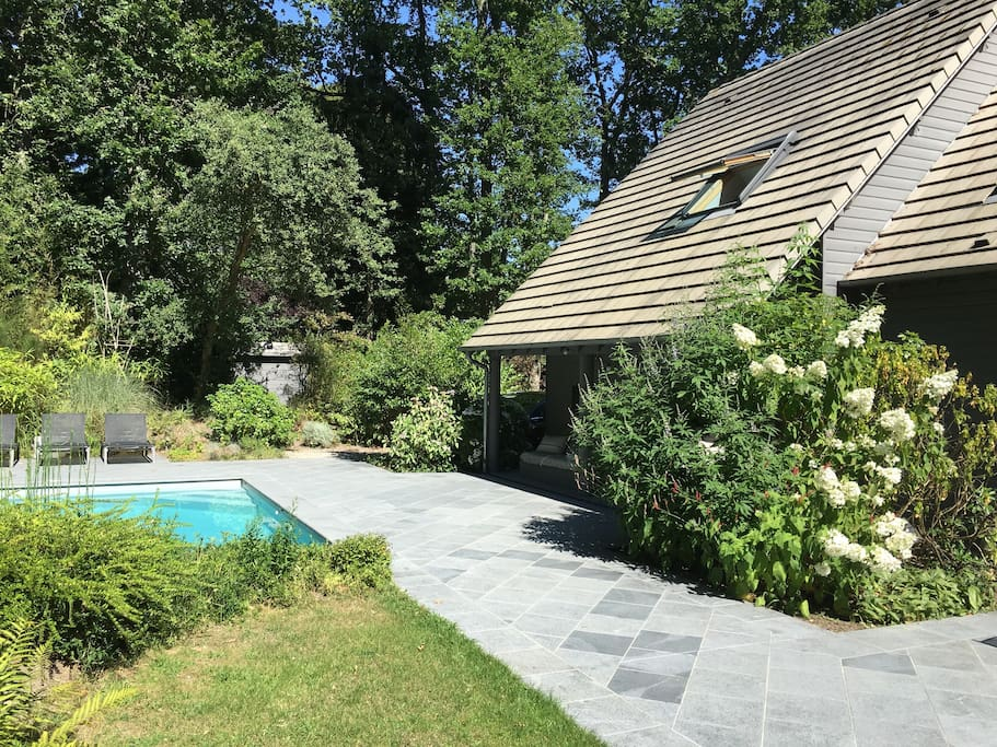 Maison architecte spa piscine houses for rent in for Spa piscine ile de france