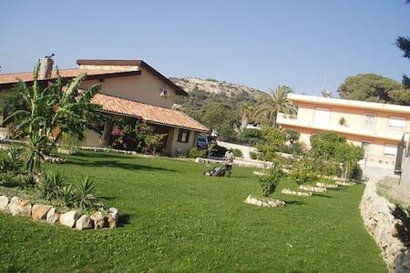 Peace in Rhodes - Ialysos - Villa