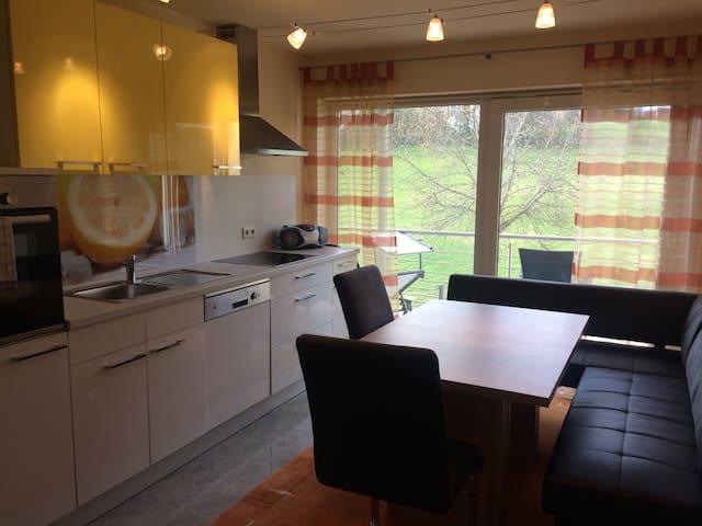 Gemütliche Neubauwohnung - Hüfingen - Apartamento