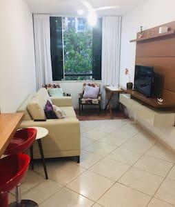 Apartamento inteiro com super localização