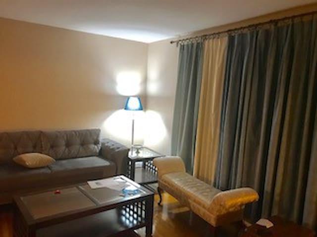 Private bedroom, breakfast and amenities