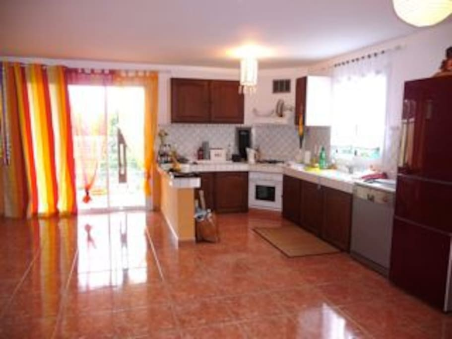 Ein Raum - und hier die kreolische Küche
