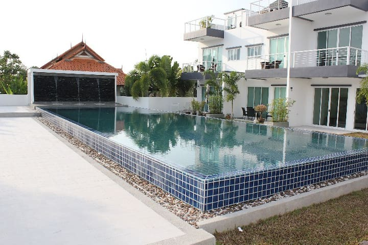 2 bed townhouse 14 Kamala Paradise
