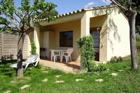 Mini Villa Arbousier 2 pax vue mer - Calvi - Huis