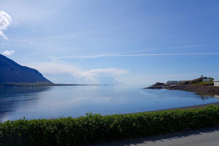 Borgarnes dream home with stunning sea view