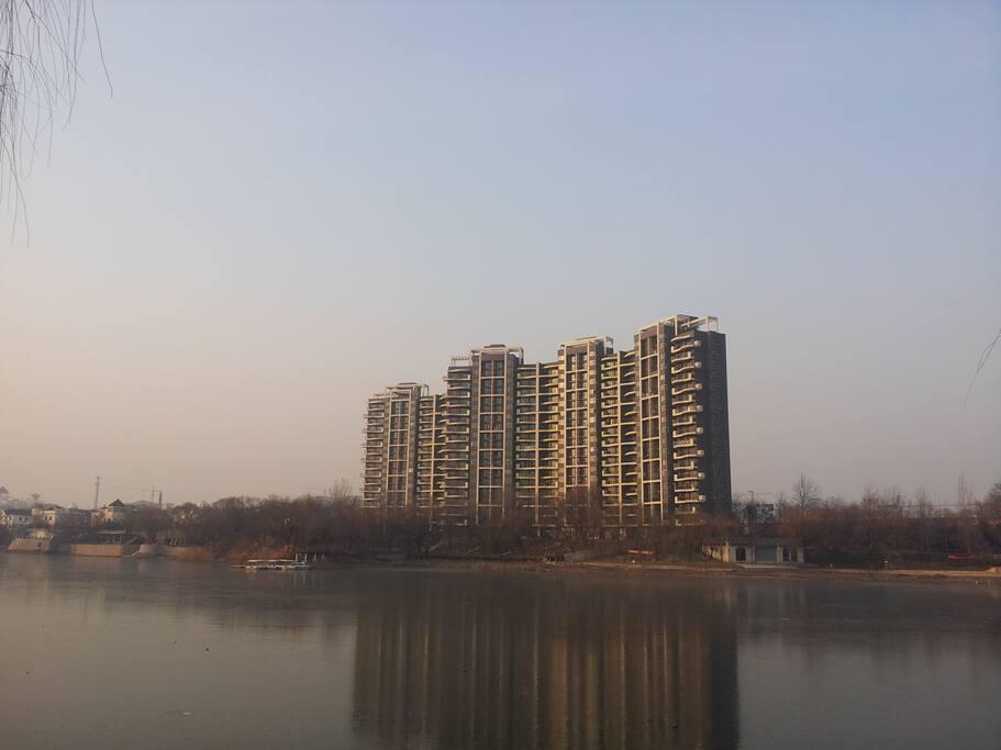 冬天微弱阳光,幻化成一幅静美的画卷!