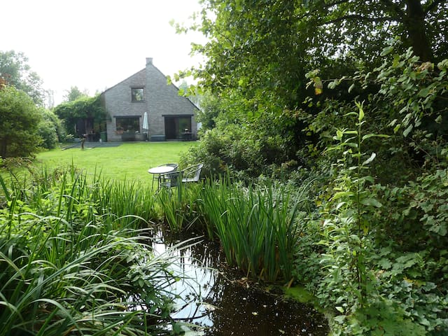 Gardensuite, 2 rooms and bathroom - Brecht-Sint Lenaarts - Bed & Breakfast