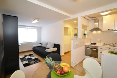 1 BEDROOM/35 m² APT IN VERY CENTER