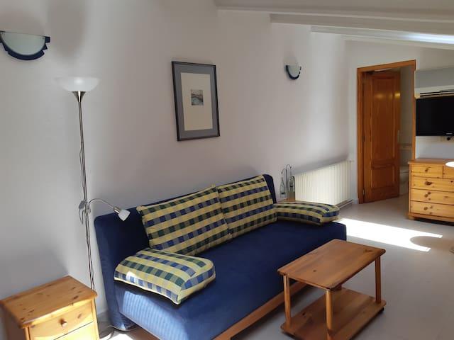 Cozy attic in Alcudia for a reasonable price.