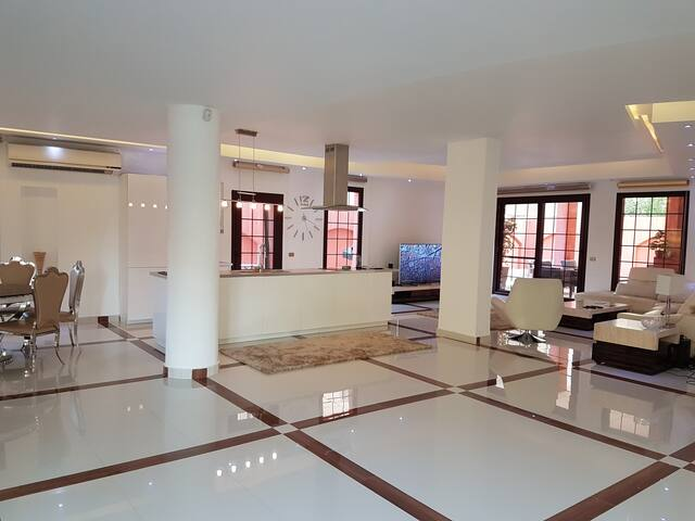 Luxury Duplex For Rent, Swim Pool,Garden, Billiard