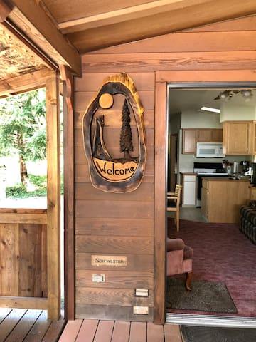 Eagle Cabin at Hoh Rainforest Resort