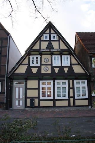 Gästewohnung Borstorf & Schwarz - Celle - Apartament