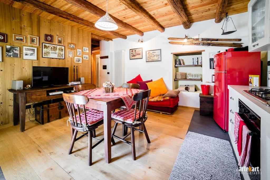 Sala da pranzo e cucina (1).