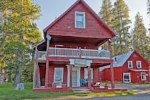 Webber Lake Hotel was built in 1850 as a stage stop on the wagon road to the goldfields of California