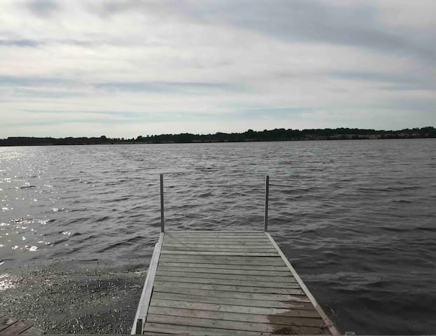 Waterfront Cottage for Rent in Kawartha Lakes