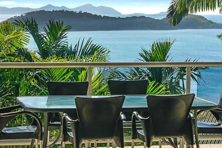 Penthouse Style Apartment with Spectacular Views - Whitsundays