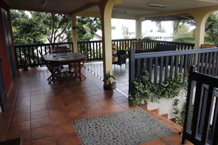 Maison à La Plaine StPaul proche accès Mafate 2ch. - Bois De Nèfles - Villa