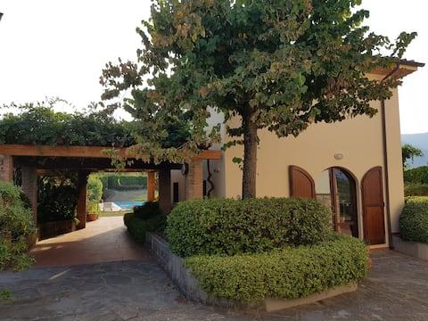Tuscan cottage swimming pool near Florence Pisa.